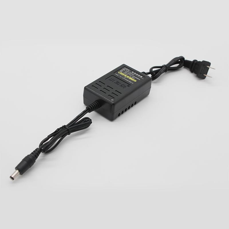 桌面式电源适配器2013系列24V/1A规格