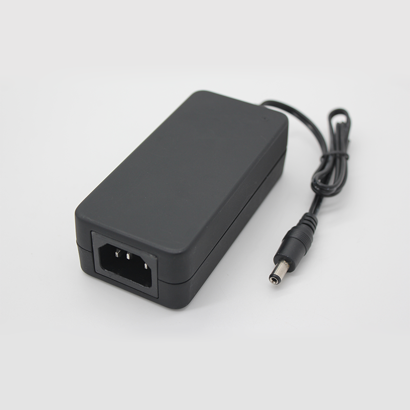 桌面式电源适配器Z48系列12V/4A规格